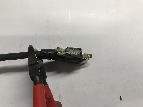 プラグ修理